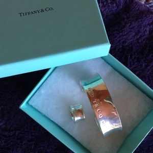 Tiffany & Co. Bangle Cuff & Matching Ring💠 💠💠